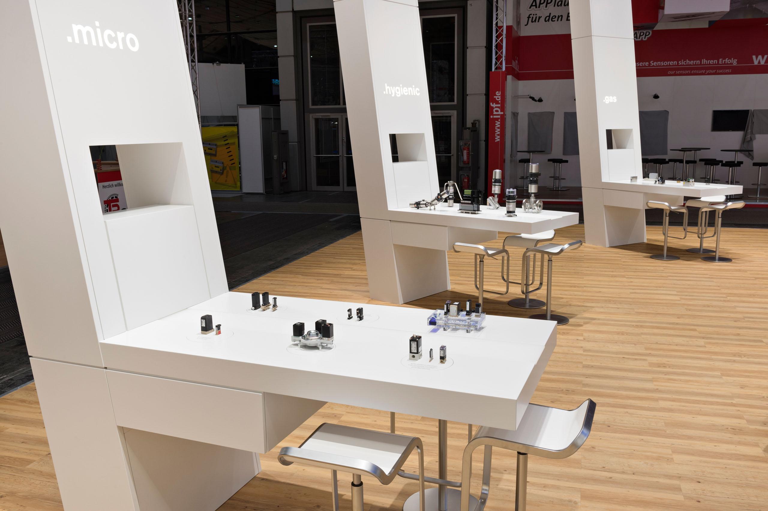 ulf bueschleb b rkert gmbh co kg hannover messe international triad berlin. Black Bedroom Furniture Sets. Home Design Ideas